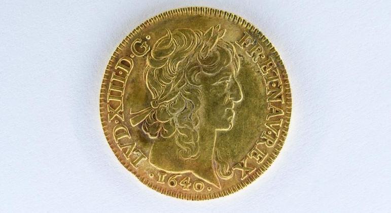 Especialistas acreditam que moedas pertenceram a um comerciante ou a um dono de terras