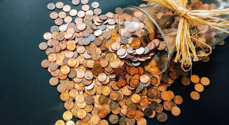 Mercado financeiro eleva projeções para PIB e inflação oficial de 2021