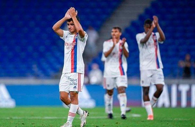 Mohamed El Arouch (França) - Clube: Lyon (França) - Posição: Meio-campista