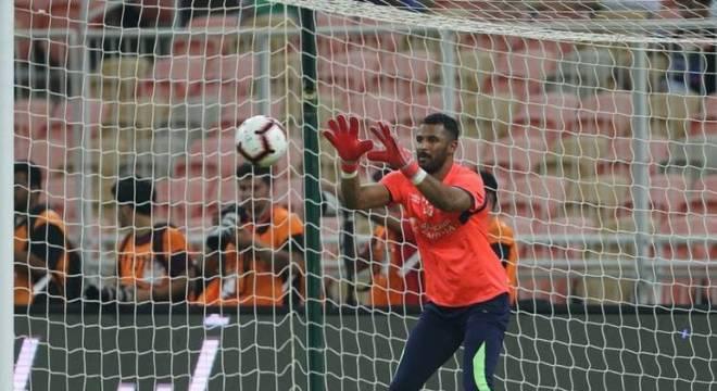 Mohammed Al-Owais - Goleiro - Clube: Al-Ahli - Convocado para a última Copa do Mundo, o atleta de 27 anos falhou na partida contra o Uruguai, pela segunda rodada da fase de gr