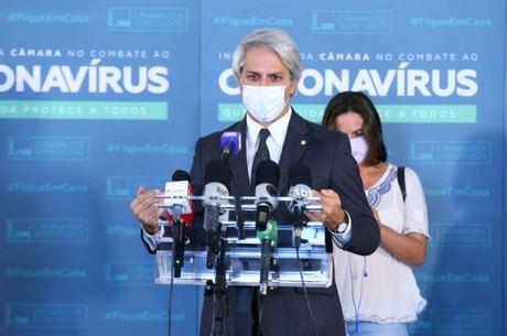 Oposição vai apresentar PL para que auxílio não atrase e seja integral