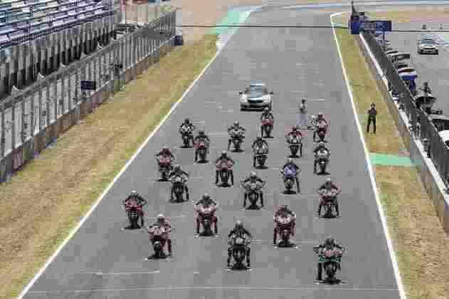 Momentos antes da largada do GP da Espanha (Foto: Repsol)
