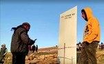 O monólito tem cerca de 3 m de altura e está em Gobekli Tepe, uma área consideradaPatrimônio Mundial da Unesco