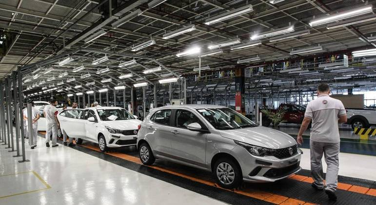 Montadora da Fiat, em Betim; marca é uma das quatro com problemas por falta de peças