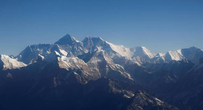 Alpinistas foram infectados ao chegarem a acampamento no Monte Everest