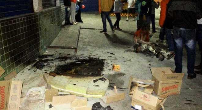 Morador de rua teve corpo queimado em Taboão da Serra enquanto dormia