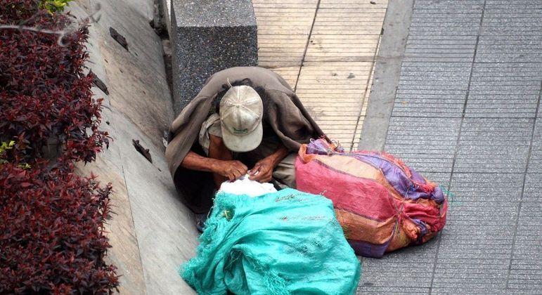 Com o desemprego e, sem renda, muitos se viram sem condições de arcar com seus aluguéis