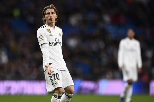 MORNO: A identificação de Luka Modric com o Real Madrid não é recente - desde 2012, quando foi contratado junto ao Tottenham, lá se vão 343 partidas. E se depender do croata de 34 anos, a estadia vai durar ainda mais. Em entrevista à agência de notícias 'AFP', Modric afirmou que gostaria de encerrar a carreira no time madrilenho.