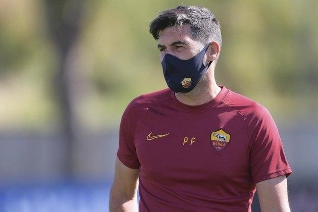 MORNO - A Roma parece já se preocupar com o futuro e está disposta a renovar o contrato do técnico Paulo Fonseca. De acordo com o jornal