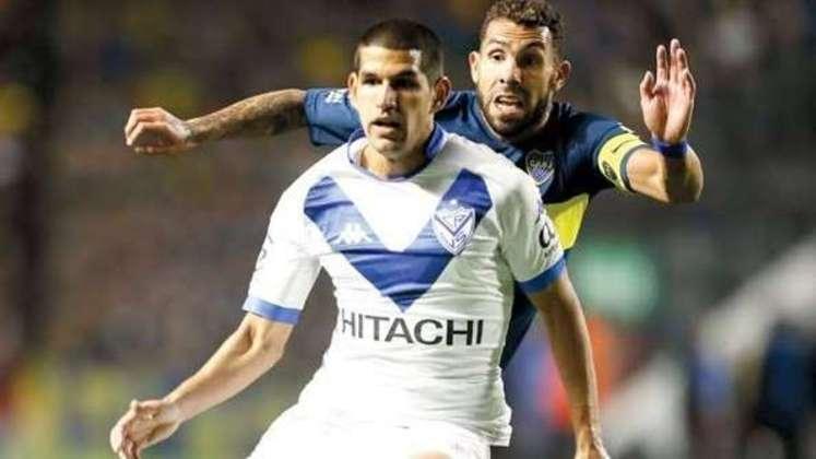 MORNO - Betis segue em busca de nomes para reforçar a sua zaga. A bola da vez para reforçar a equipe na próxima temporada é o defensor peruano Luis Abram, do Vélez Sarsfield, da Argentina, segundo o site 'Estádio Deportivo'.