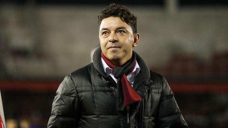 MORNO - Considerado por muitos o maior técnico da história do River Plate, Marcelo Gallardo vive um momento incerto dentro do Monumental de Núñez, pois devido à pandemia do coronavírus ele não sabe ao certo quando o futebol volta.  Em conversa com a La Red, Muñeco deixou claro que ao menos ao longo de 2020 permanece no clube.