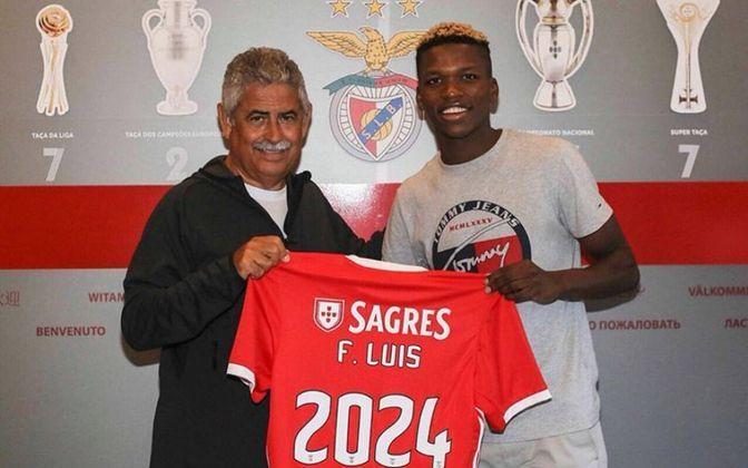 MORNO - De acordo com a imprensa italiana, Florentino Luís, do Benfica, segue no radar do Milan para a próxima temporada. O jovem tem o valor de mercado de 45 milhões de euros.