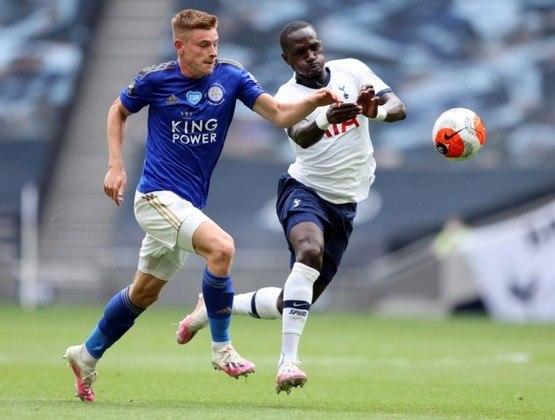 MORNO - De acordo com o jornal britânico 'Sunday Mirror', o Liverpool monitora Harvey Barnes, um dos destaques do Leicester City. O meia tem contrato até 2024 e seu valor de mercado gira em torno de 17,5 milhões de euros, segundo o portal Transfermarkt.
