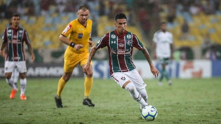 MORNO - Dodi, volante do Fluminense, afirmou em entrevista coletiva, que torce para a renovação do seu contrato com o Tricolor que vai até o fim desse ano. Segundo o jogador, ele está feliz no clube carioca.
