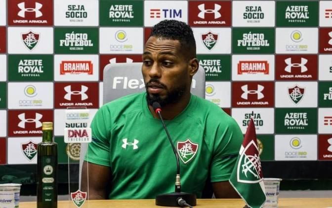 MORNO - Em entrevista coletiva, o zagueiro Luccas Claro, com o vínculo encerrando em dezembro, disse que ainda não acertou a extensão, mas se mostrou confiante em um desfecho positivo.