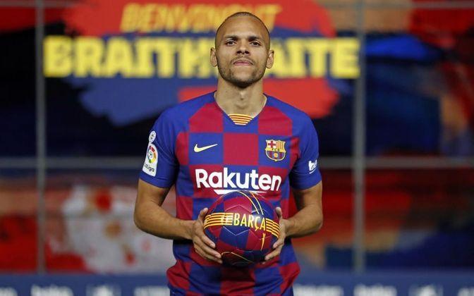 """MORNO - O Barcelona está negociando a venda do atacante Martin Braithwaite com clubes da Inglaterra, como Everton e West Ham, de acordo com o """"Mundo Deportivo"""". Os dirigentes blaugranas querem recuperar o investimento feito e tentam vender o atleta pelos mesmos 18 milhões de euros (R$ 108 milhões) pagos em março."""