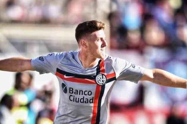 MORNO - O Benfica está de olho na contratação do atacante Pedro Gaich, do San Lorenzo. O time de Lisboa quer desembolsar cerca de 10,5 milhões de euros (R$ 61,9 milhões) por 70% dos direitos federativos do jogador.
