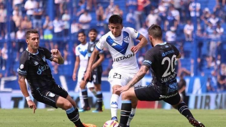 MORNO - O garoto Thiago Almada, do Vélez Sarsfield, ganhou mais um pretendente nesta quinta-feira. Trata-se do Barcelona, que de acordo com o Diário Olé, perguntou ao clube sobre a sua situação contratual.