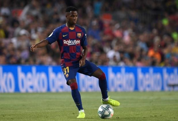 """MORNO - O Manchester United demonstrou interesse na contratação de Ansu Fati, mas o Barcelona disse que só vende o jogador pela multa de 400 milhões de euros (R$ 2,3 bilhões), de acordo com o portal """"Express""""."""