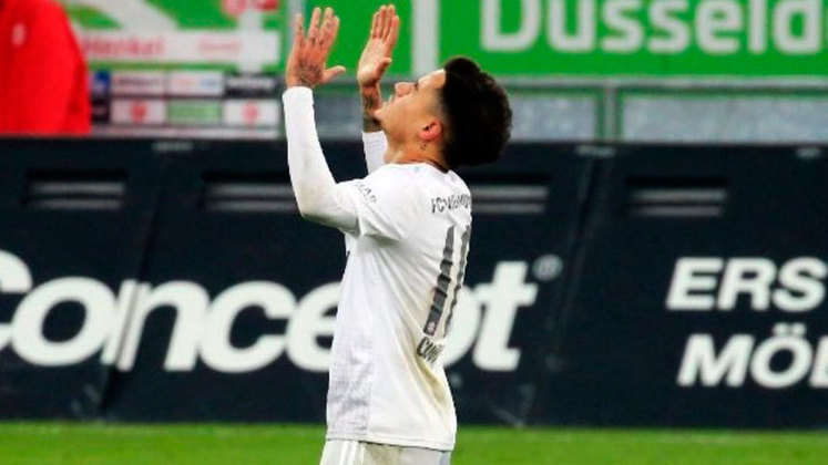 MORNO - O 'The Mirror' garante que Arsenal e Chelsea estão dispostos a contratar o brasileiro. Seu agente, Kia Joorabchian, garantiu que o desejo do jogador é de voltar a jogar na Premier League.