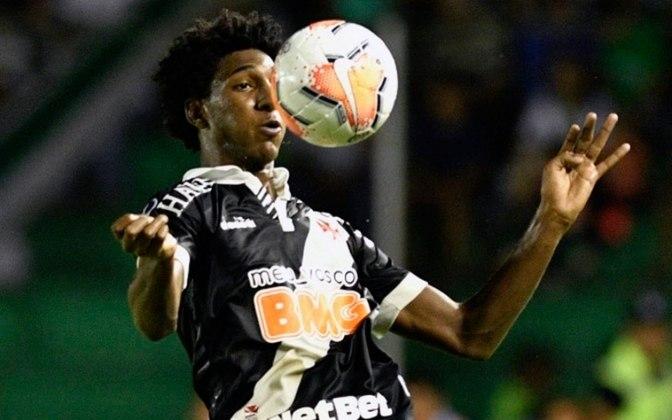 MORNO - O Vasco vê o interesse no atacante Talles Magno aumentar a cada dia. O Liverpool está monitorando o jogador e pode fazer uma proposta em breve. Ele tem contrato até dezembro de 2022 com o clube carioca.