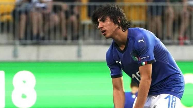 MORNO - Outro nome que interessa a Inter de Milão é de Sandro Tonali, revelação do Brescia, de apenas 20 anos. Ele foi elogiado pelo craque Andrea Pirlo, em entrevista via Instagram ao 'Le Iene'.