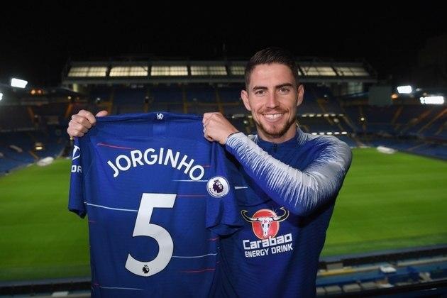 MORNO - Segundo o jornal 'Tuttosport', a Juventus demonstra interesse em Jorginho, do Chelsea. O clube italiano pretende envolver o meia Pjanic na negociação.