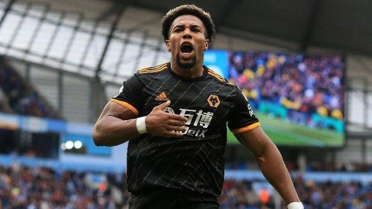 MORNO - Um dos destaques da boa campanha que o Wolverhampton faz na temporada, o atacante Adama Traoré chama a atenção de alguns gigantes do Velho Continente. No entanto, segundo informações da versão dominical do jornal