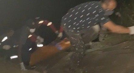 Corpo de homem foi retirado da água