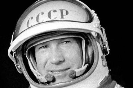 Morre cosmonauta que realizou a 1ª caminhada espacial
