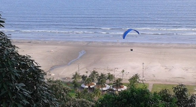 O Morro do Voturuá, em São Vicente: bela vista e esportes radicais