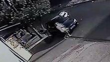 Criança de 2 anos morre após ter sido esquecida dentro de carro