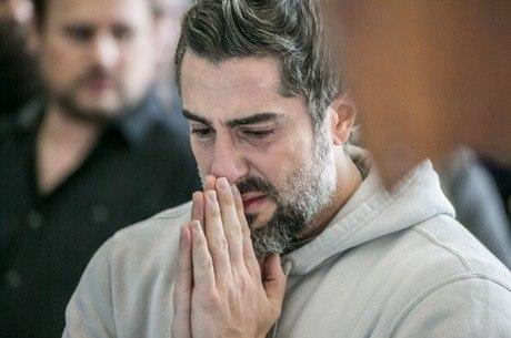 Marcos Mion chorou em velório do Gugu