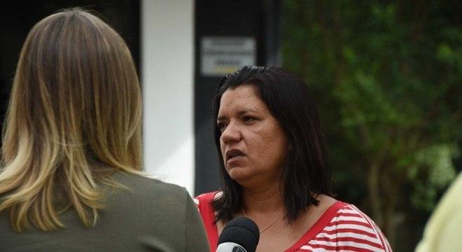 Maria Cristina Quirino mãe do Denys Henrique Quirino de 17 anos, um dos mortos