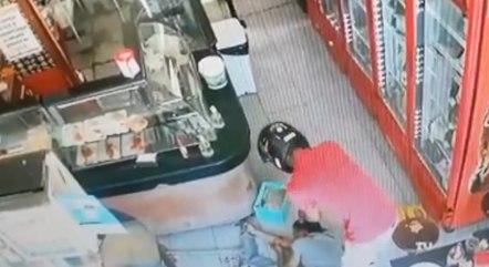 Imagem mostra homem sendo morto em BH