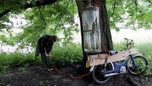 Estudante cria moto que funciona com gás metano tirado de pântano
