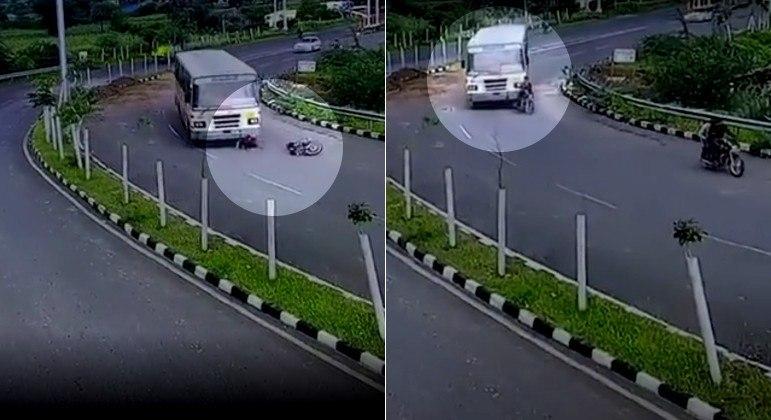 Motociclista foi tragado para baixo de ônibus após ultrapassagem em estrada da Índia
