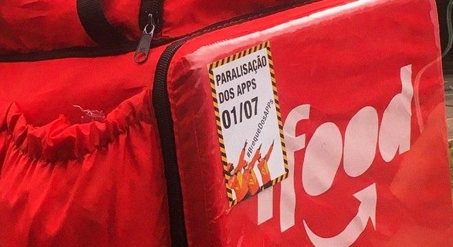 Cartazes avisando sobre #BrequeDosApps eram comuns pelas ruas de SP