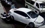O carro então passou por cima dos suspeitosVeja também:Faxineira é atingida por armação de cama jogada de varanda e sobrevive