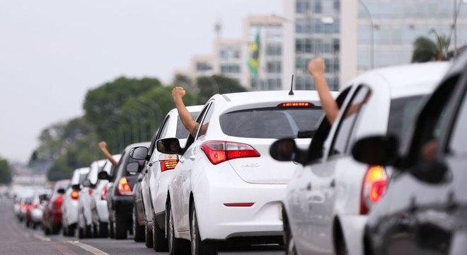 Protesto de motoristas em 2017; para professores, trabalhadores do app estão começando a se organizar