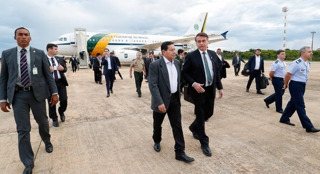 Mourão tem ganhando protagonismo incomum com falas que buscam amenizar declarações do presidente