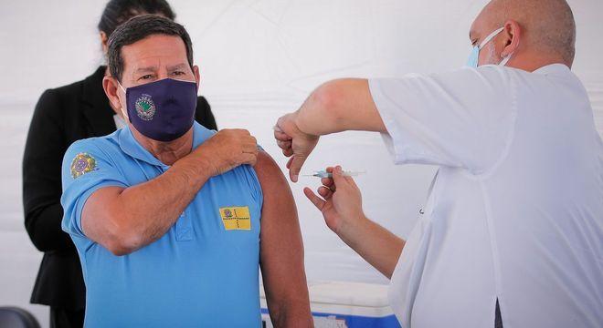 Mourão Vacina