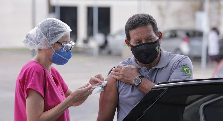 Presidente jair Bolsonaro ainda não foi vacinado contra a covid-19
