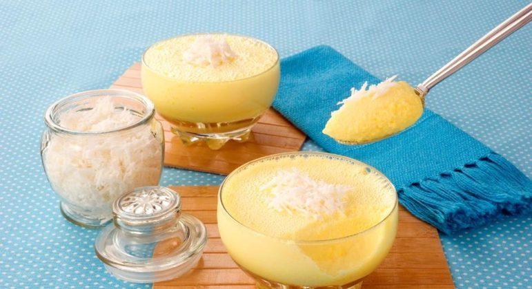 Mousse de milho com coco