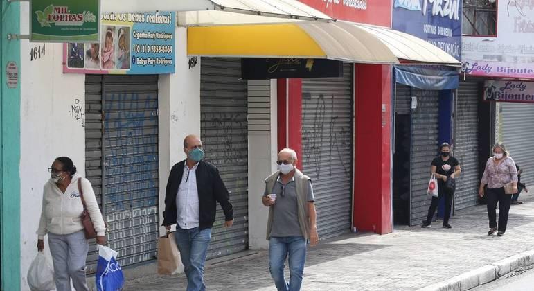 Movimentação na rua Marechal Deodoro, em São Bernardo do Campo