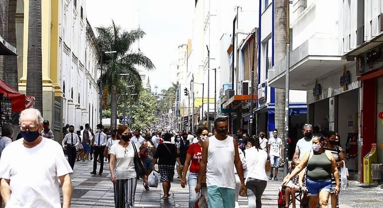 Governo de São Paulo está notificando as prefeituras rebeldes