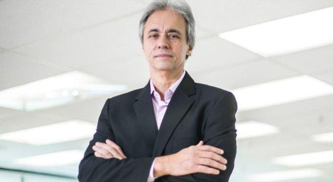 Mozart Neves Ramos tem quatro décadas de experiência no setor da educação