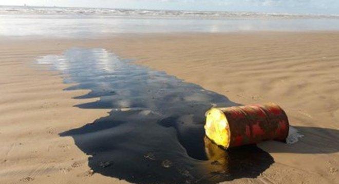 MPF pede que Justiça obrigue Governo Federal a adotar medidas urgentes para proteção do litoral de SE