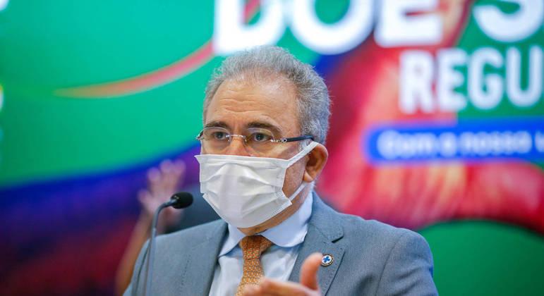 Compra das vacinas serviu como justificativa para CPI da Covid investigar Queiroga