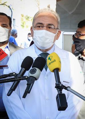 Ministro Queiroga: avaliar redução de intervalo entre doses de vacina  só após a imunização de toda população acima dos 18 anos